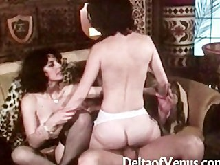 Video from: pornhub | Quality Vintage Sex 1970s - Statue of..