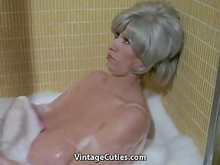 Bathroom Saggytits Mature Bathroom Bathroom Tits