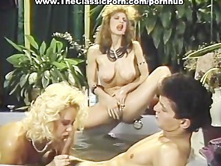 Blowjob Threesome Pool