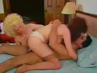 Wife Threesome Vintage FFM Milf Threesome Threesome Milf