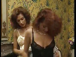 Vintage Lingerie MILF Aunt Caught Caught Mom