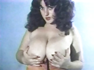 Cute Vintage Big Tits