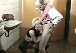 Older Mature Toilet Blowjob Mature German German Blowjob