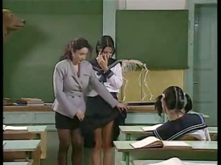 Teacher School Old And Young Lesbian Old Young Lesbian Teen Milf Lesbian