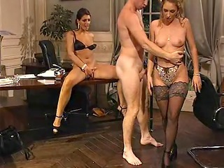 Secretary French Threesome European French French Milf