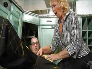 GRANNY BLONDE COUGAR MILF SEX BY YOUNG