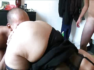 French Chubby Cuckold threesome A75