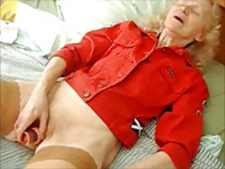 SEX TOY   old housewife  JOSEE