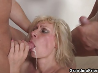 Swallow Threesome Cumshot Blonde Mom Blowjob Cumshot European