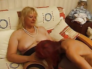 FRENCH Aged Thirty anal unshaved mama milf