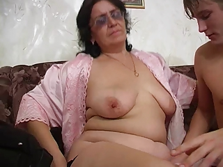 Mom Natural Old And Young Chubby Ass Hairy Young Old And Young