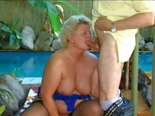 Pool Chubby Blowjob