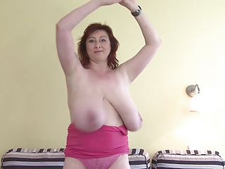 Dancing Big Tits Natural Amateur Amateur Big Tits Amateur Chubby