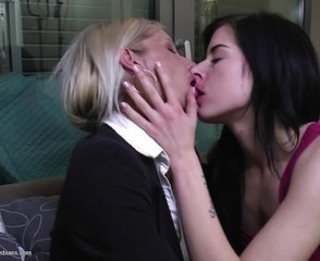 Lesbian Mom Old And Young Daughter Daughter Mom Kissing Lesbian