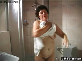 Showers Hairy Mom Amateur Grandma Hairy Amateur