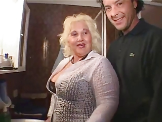Mom BBW Old And Young