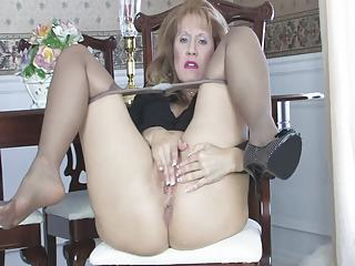 Masturbating Pantyhose Solo Masturbating Mom Pantyhose