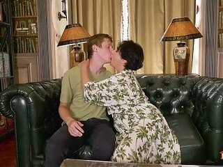 Videos von freegrannyvids.com