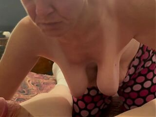 Video no hornygrannytube.net