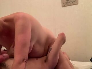 Video dari hornygrannytube.net