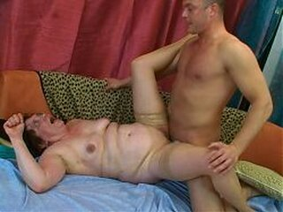 Video dari oldgrannylovers.com