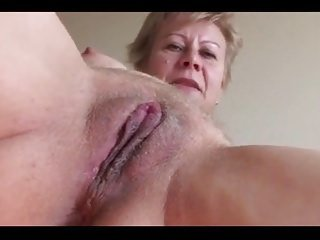 Mga video mula onlygrannytube.com