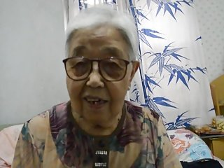 Video no sexyoldgrannytube.com