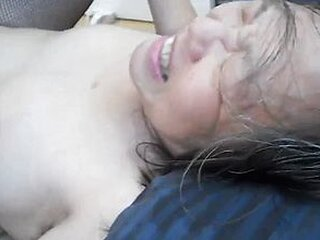 Mga video mula mysexygranny.com