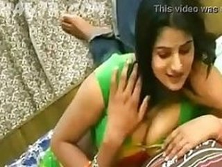 Videos from bollywood-tube.com