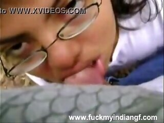 Video no indianslutporn.pro