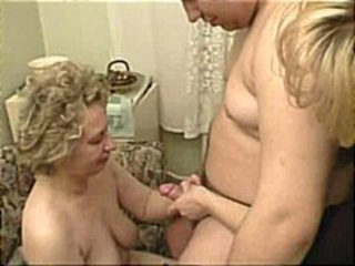 Videos from 1grannysex.com