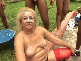 Videos from xvideosgranny.com
