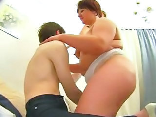 Videos from plump-tube.com