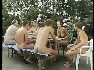 Groupsex MILF Nudist