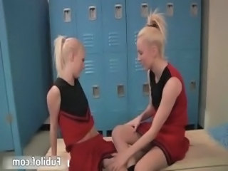 Two amateur cheerleaders having lesbian part3