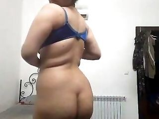 Amateur Dik Indiaas