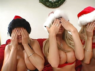 3 Blond Bimbos're FucKing poor SANTA's Brain out - MKX